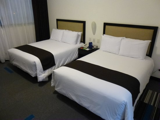 Costa del Sol Wyndham Lima Airport: Beds