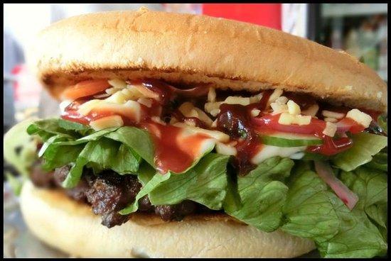 Don's Asian Kitchen: Kaikoura Famous Giant Burger