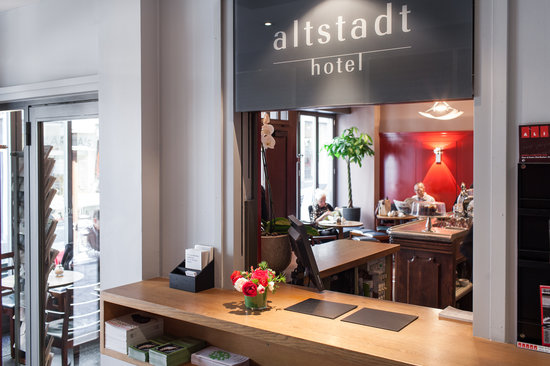 Altstadt Hotel: reception