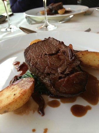 Restaurant Allegra im UTO KULM: Overcooked Irish beef tenderloin