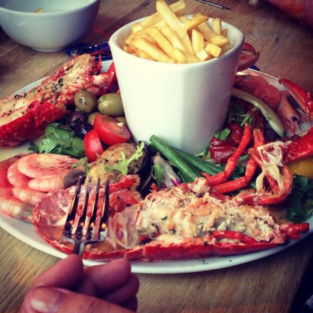 Sam's On The Beach: Lobster