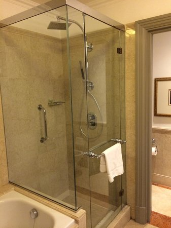 The Westin Excelsior Florence: Bathroom