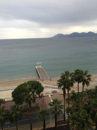 InterContinental Carlton Cannes: вид из окна сьюта на 5 этаже
