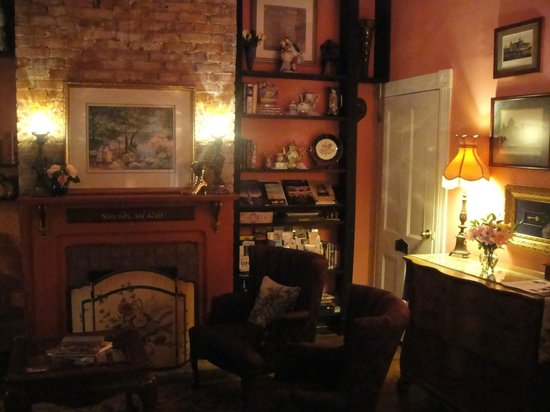 Park Avenue Manor: Georgia suite