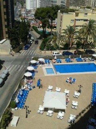 Servigroup Rialto: Vistas de la piscina desde mi habitación