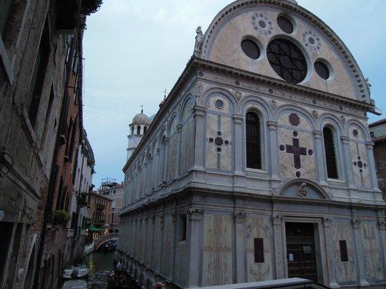 Santa Maria dei Miracoli: любимые места Венеции...