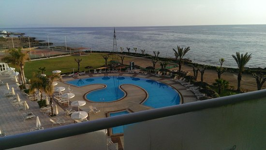 Pernera Beach Hotel: 4