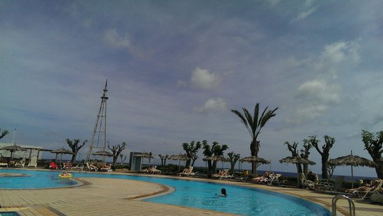 Pernera Beach Hotel: 5