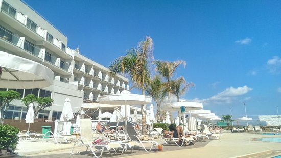 Pernera Beach Hotel: 1