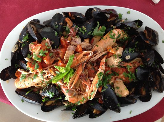 Katerina's Restaurant & Cocktail Bar : Seafood delight