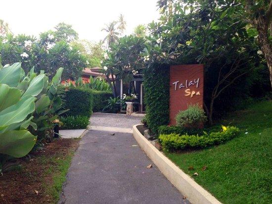 Pullman Phuket Panwa Beach Resort: Towards the Spa