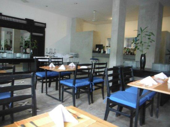 Frangipani Villa Hotel II: Restaurante