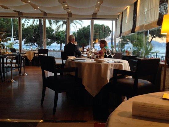 La Palme d'Or: Inside of the restaurant