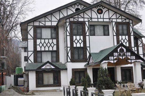 hotel view picture of lemon tree hotel srinagar srinagar rh tripadvisor in