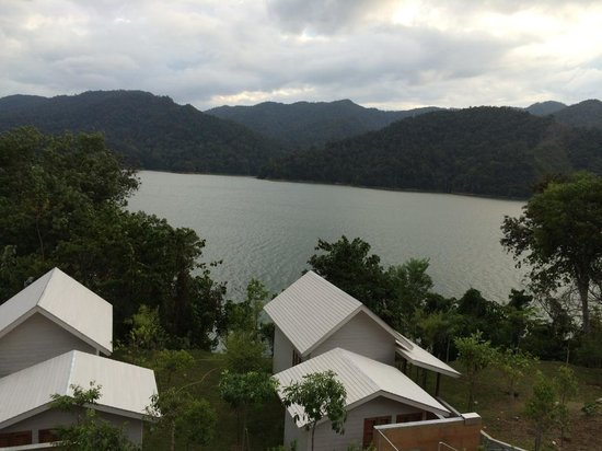 Belum Rainforest Resort: view to the lake