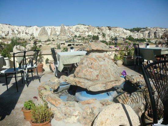 SOS Cave Hotel: Pas mal pour le petit dej'