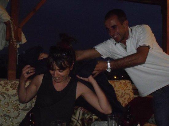 SOS Cave Hotel: Si ça c'est pas un service au top!!