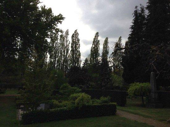 Assistenzfriedhof (Assistens Kirkegård): Ассистенс
