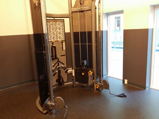 Coast Coal Harbour Hotel: Gym part 5