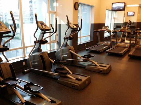 Coast Coal Harbour Hotel: Gym part 3