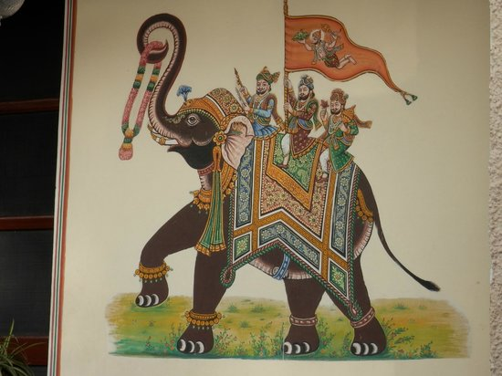 Hotel Madhuban : imagen en una pared