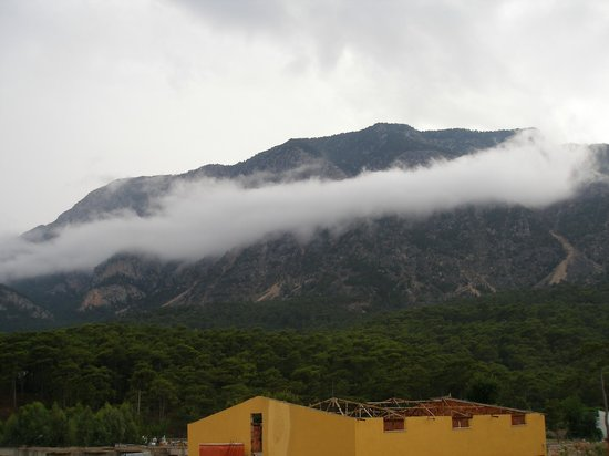 Aybel Inn Hotel: вид на горы