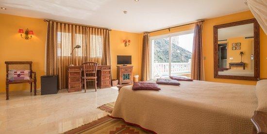 Hotel Porto Calpe: Habitación doble Superior Bañera hidromasaje