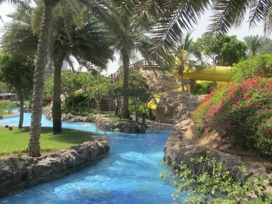 Emirates Palace Hotel: the lazy river