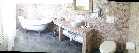 La Dimora : Bath view