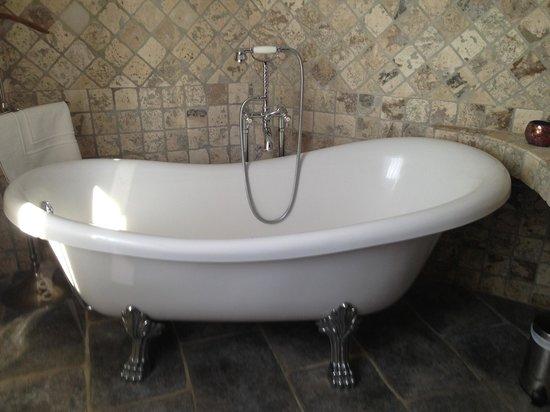 La Dimora : Bath