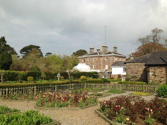 Marlfield House Hotel: Beautiful hotel set in wonderful gardens
