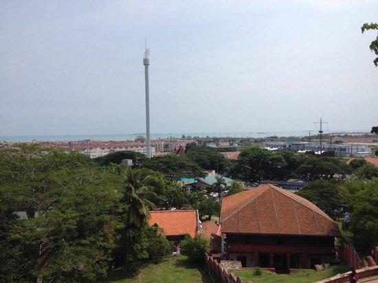 Menara Taming Sari : タワー