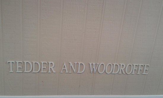 Tedder and Woodroffe: Entry Wall Name Lettering