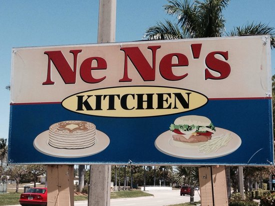 Nene's Kitchen : Friendly little place with good food