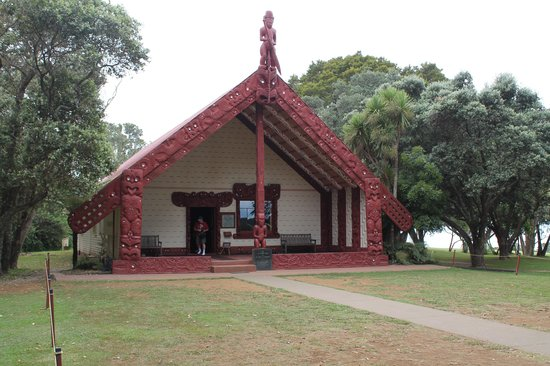 Waitangi Treaty Grounds: Maori meeting room