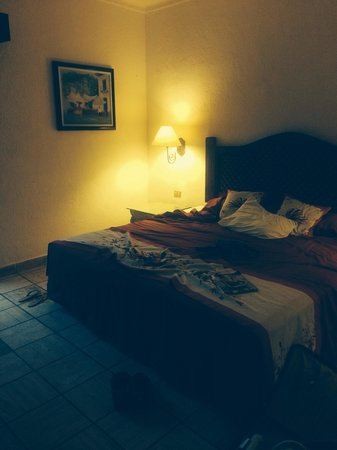 Hacienda Buenaventura Hotel & Mexican Charm All Inclusive : Like sleeping on concrete