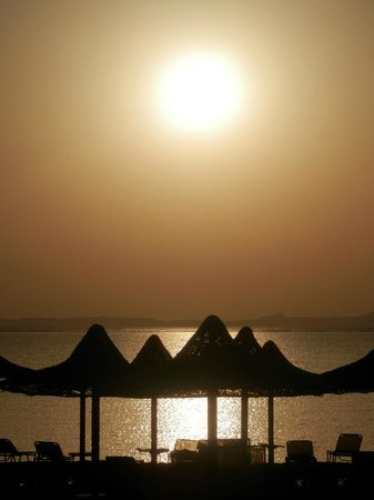 Jaz Belvedere: Early morning on the beach...