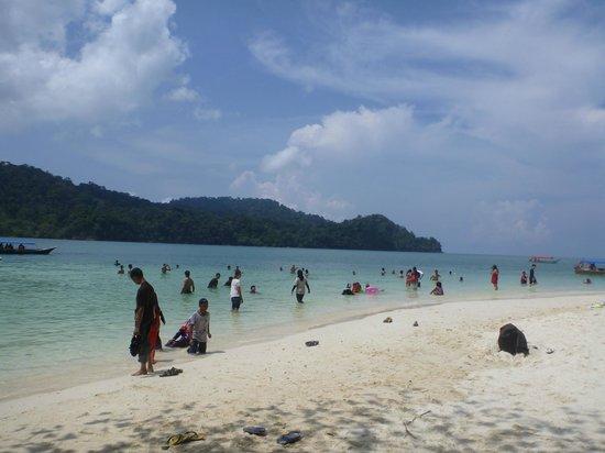 Beras Basah Island: Pic 5
