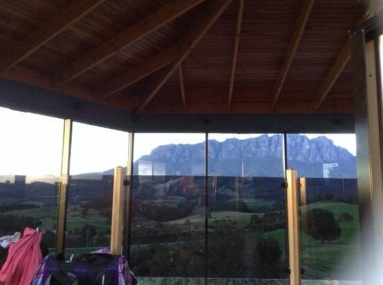 Eagles Nest Retreat: beautiful mt roland