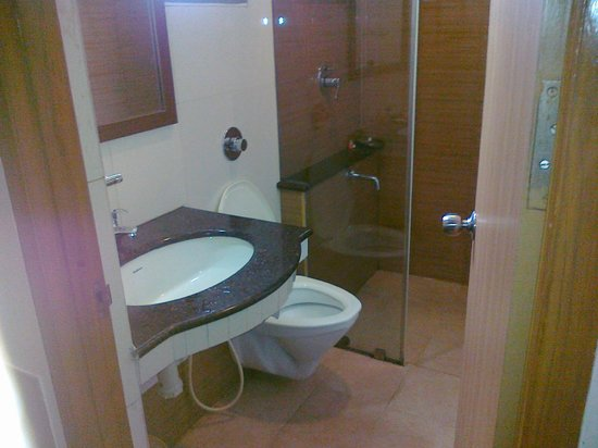 Malles Manotaa: Bathroom