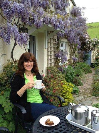 Combas Farm: Garden tea