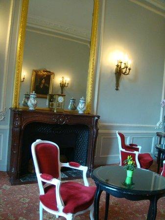 Château d'Esclimont : интерьеры отеля