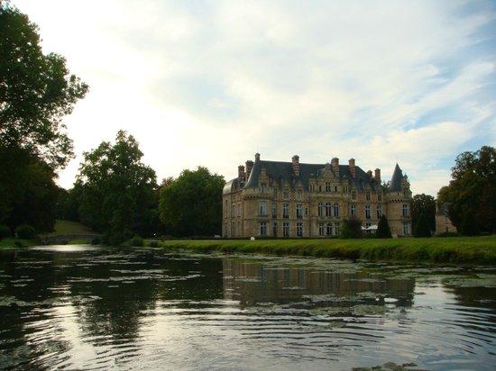 Château d'Esclimont : главное здание отеля