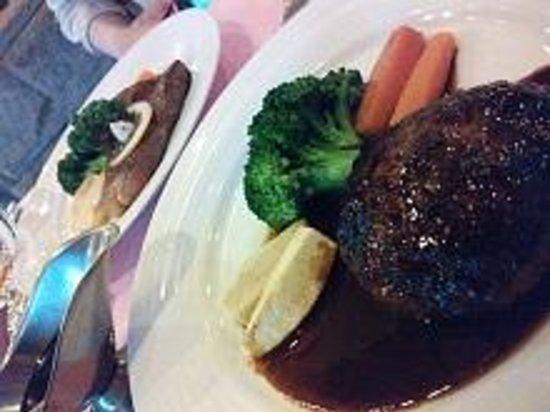 Steak House Restaurant Sho: ハンバーグ。濃厚なソースでGOOD。