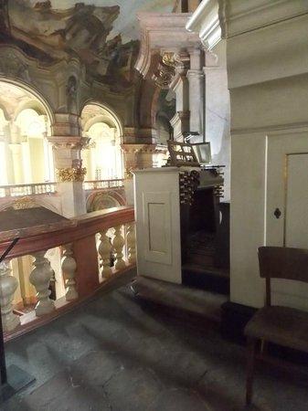 Église Saint-Nicolas de Malá Strana : вид 2 этаж