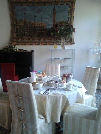 Corte Dei Greci Hotel: Anticamera della junior suite