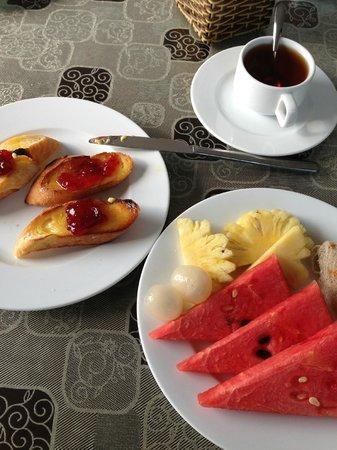 Sunshine Hotel Hoi An: Завтрак (включен)