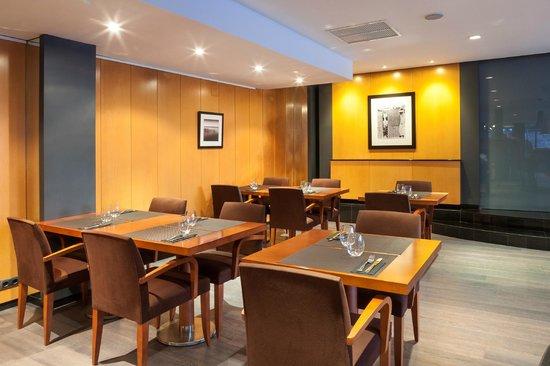 Astari Hotel: Restaurant