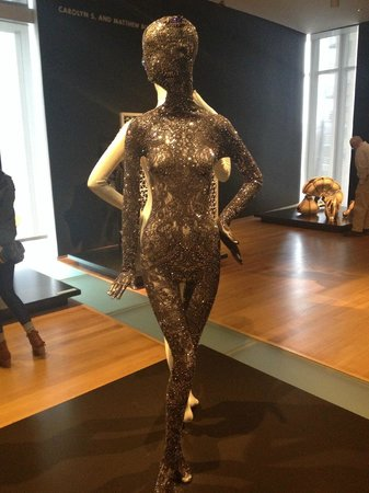 Museum of Arts and Design: Roupa feita em impressora 3D