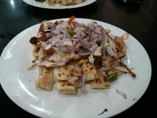 Hotel De Pilawoos : Egg rotti chicken kotthu